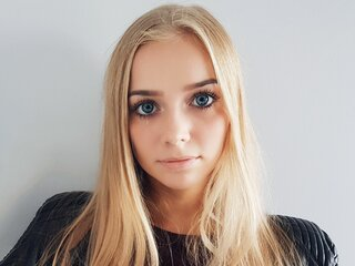 blondecuteness livesex