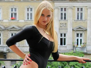 BlondieAlice cam